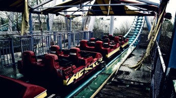 2nd chance for creepy derelict theme park?